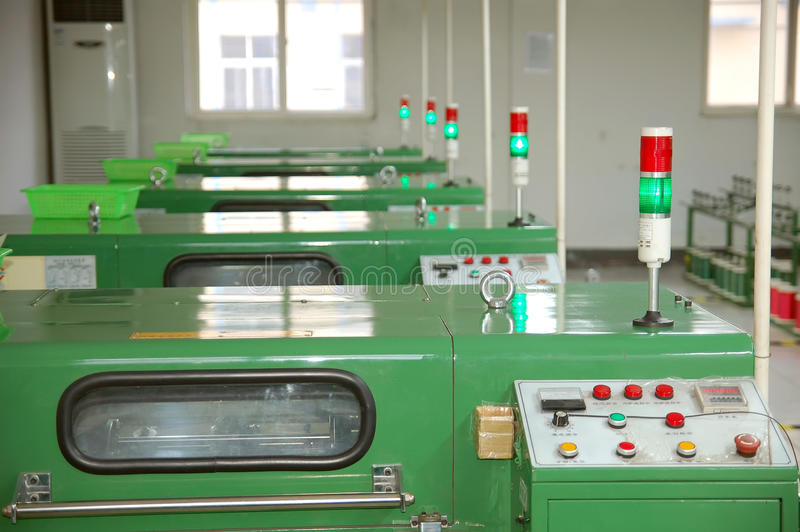 elektronikutrustningfabrik royaltyfria foton