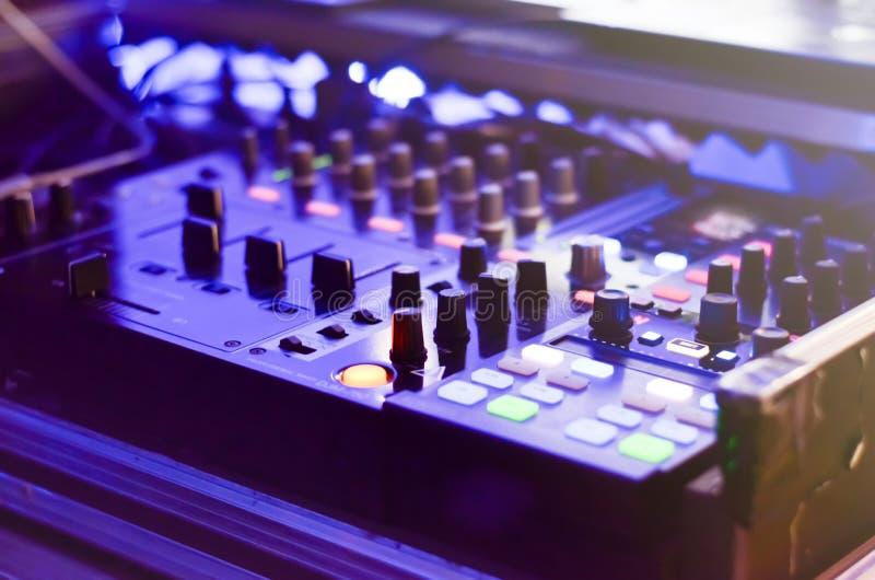 Elektronikwerkzeuge der Unterhaltung stockfotos