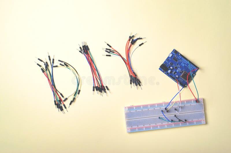 Elektronische Componenten voor Robotica en Microcontrollers, DIY, STAMonderwijs royalty-vrije stock fotografie