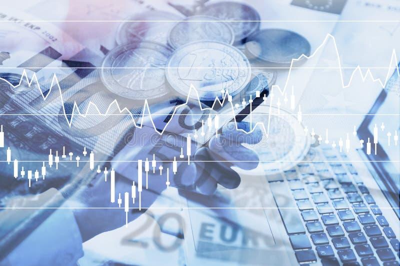 Elektronische handelconcept, mobiele toepassing voor bedrijfsanalytics, het beleggen stock fotografie