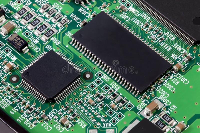 Elektronische kringsraad met vele onderdelen stock afbeelding