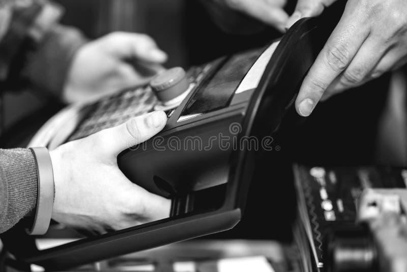 Elektronisches Basissteuerpult lizenzfreie stockfotos