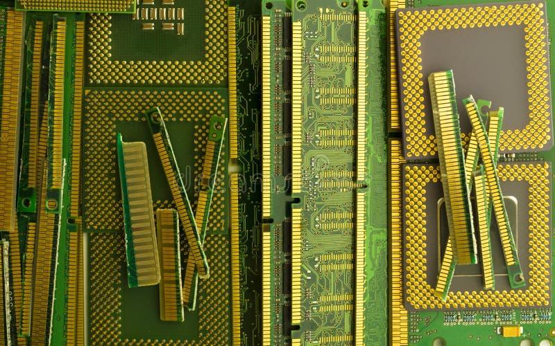 Elektronisk förlorad återvinning från gamla datordelar royaltyfria foton