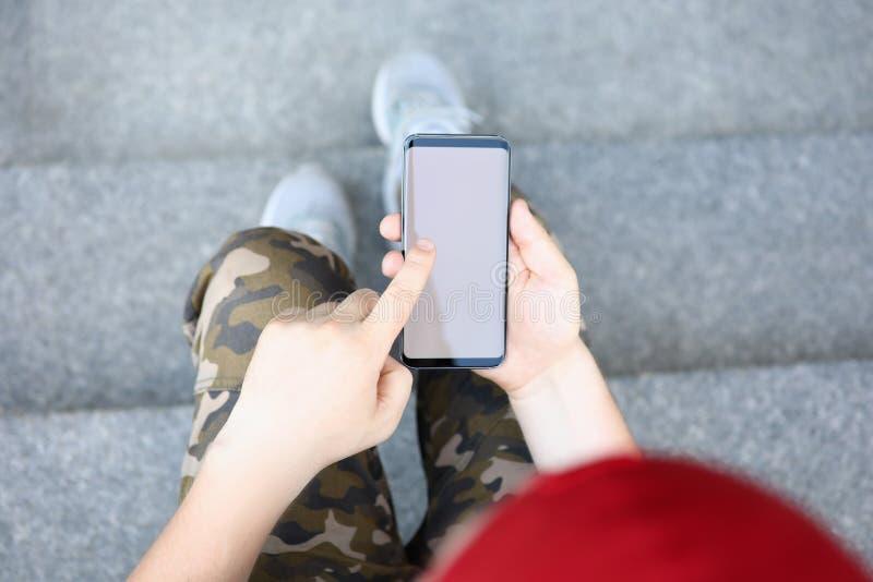 Elektronisk radio för Smartphone handhåll royaltyfri fotografi
