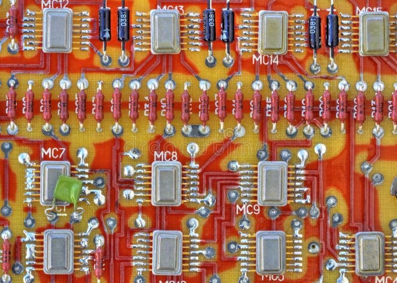 elektroniska brädeströmkretsdelar royaltyfri foto