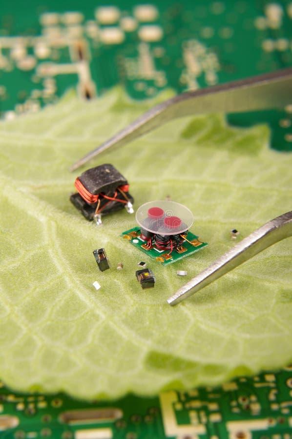 Elektroniska delar för högt integrationselektronikbegrepp i Co royaltyfria bilder