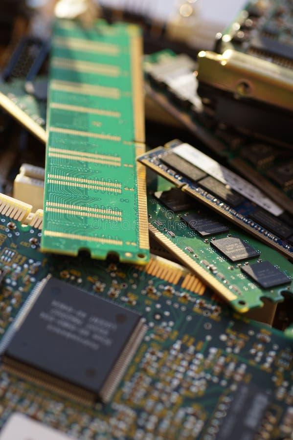 Elektroniska delar, PCdelar: moderkort skivor, RAM M arkivfoto