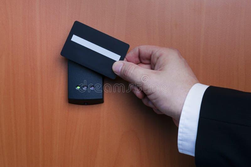 Elektroniskt säkerhetssystem som aktiveras royaltyfria bilder