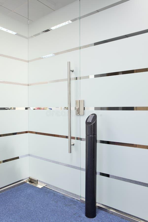 Elektroniskt system för dörrlås arkivfoto