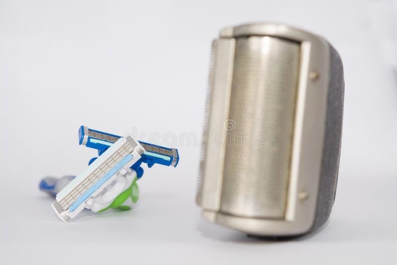 Elektroscheerapparaat en scheermessen royalty-vrije stock afbeelding