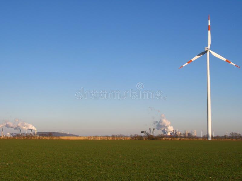elektrowni koła wiatr obrazy royalty free