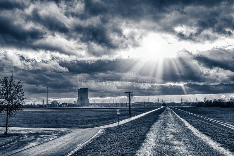 Elektrownia jądrowa zamyka zdjęcie royalty free