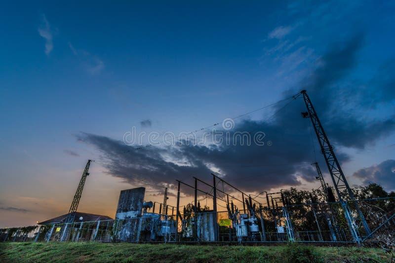 Elektrownia w uniwersytecie zdjęcia stock