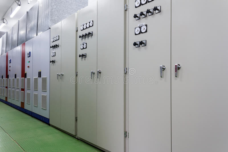 Elektrycznego amperage kontrolny pokój obraz stock