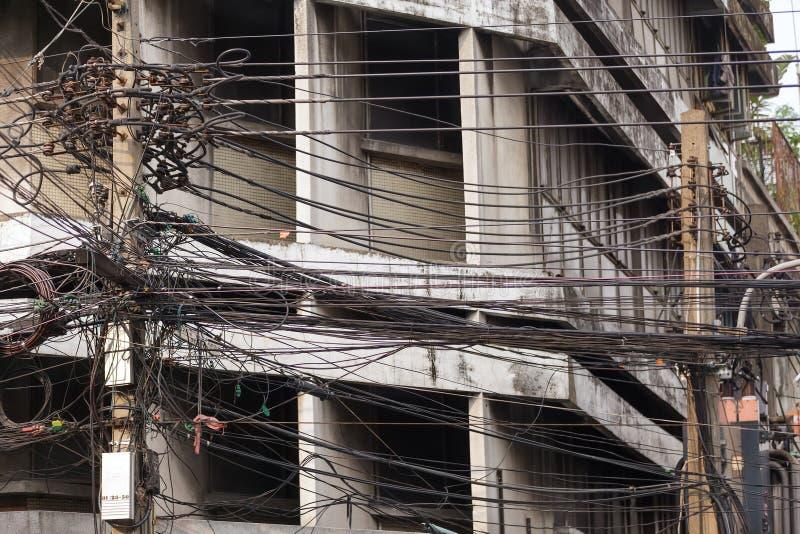 Elektrycznego kabla bałagan zdjęcia royalty free