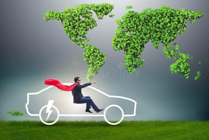 Elektrycznego samochodu pojęcie w zielonym środowiska pojęciu fotografia royalty free