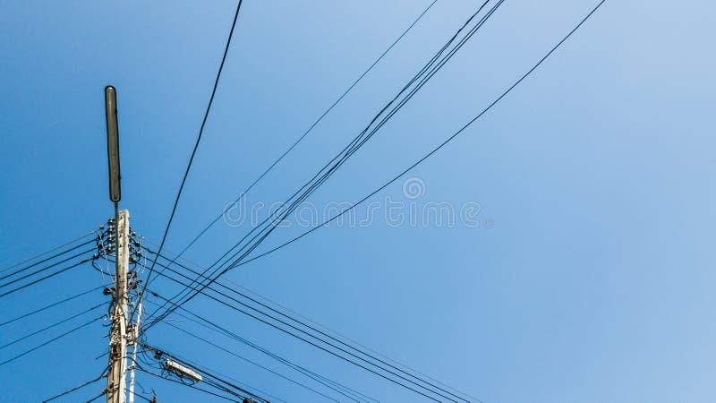 Elektryczni słupy w Tajlandia obrazy stock