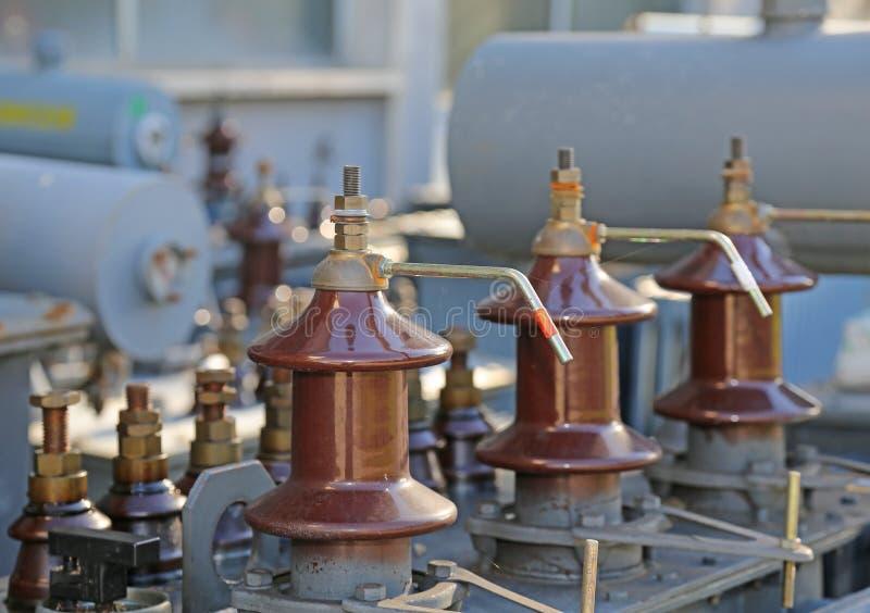Elektryczni włączniki stary elektryczny aktualny transformator obraz royalty free