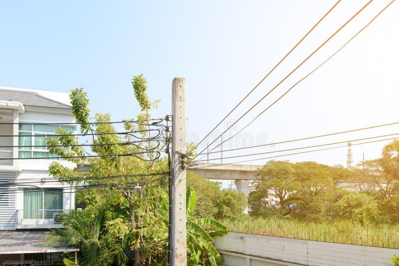 Elektryczność kabel i poczta zdjęcie royalty free