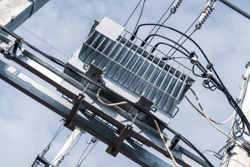 Elektryczności dystrybuci transformator zdjęcie royalty free