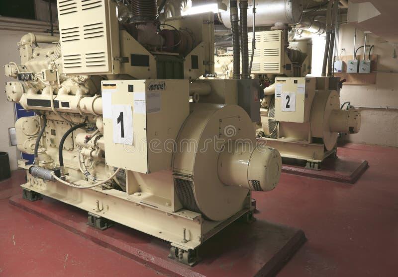 Elektryczny Przemysłowy generator wśrodku elektrowni obrazy royalty free