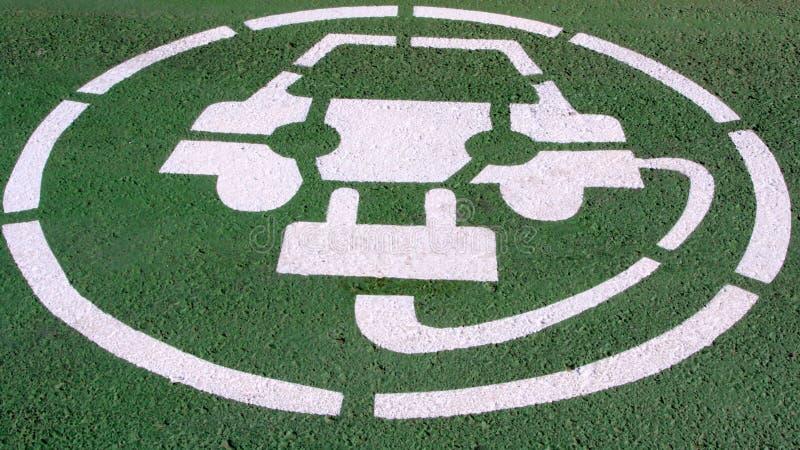 elektryczny samochodu parking obraz stock