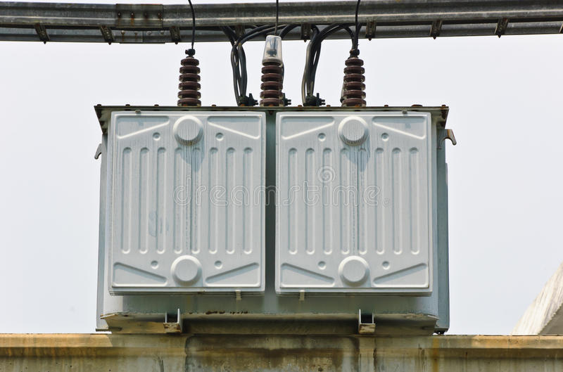 elektryczny stacyjny transformator obraz stock