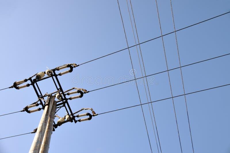 Download Elektryczny wierza zdjęcie stock. Obraz złożonej z prąd - 24035962