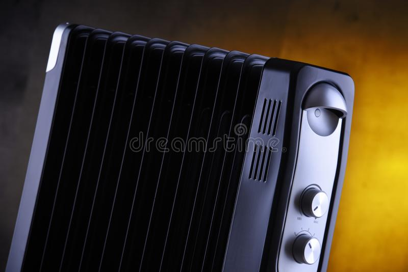 Elektryczny wypełniający nafciany nagrzewacz dla domowego używa zdjęcie stock