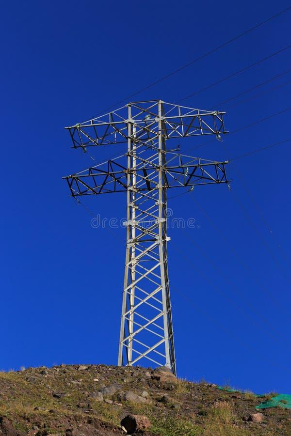 Elektryfikacja w średniogórzach Północny Kaukaz w Rosja fotografia stock