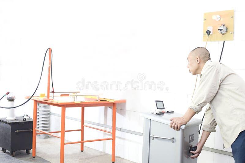 Elektryk i testowanie fotografia stock