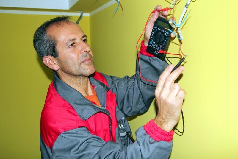 Elektryk przy Pracą obrazy stock