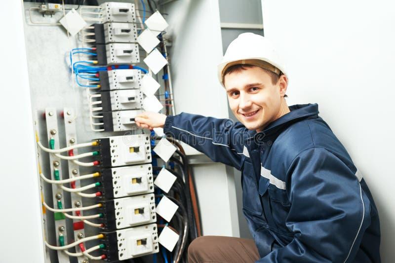 Elektryka inżyniera pracownik obrazy stock