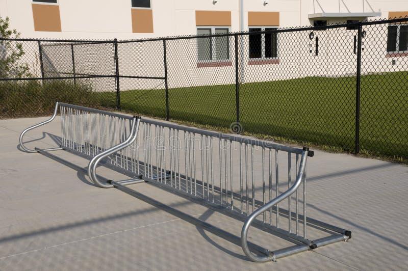 elementär kuggeskola för cykel arkivbilder