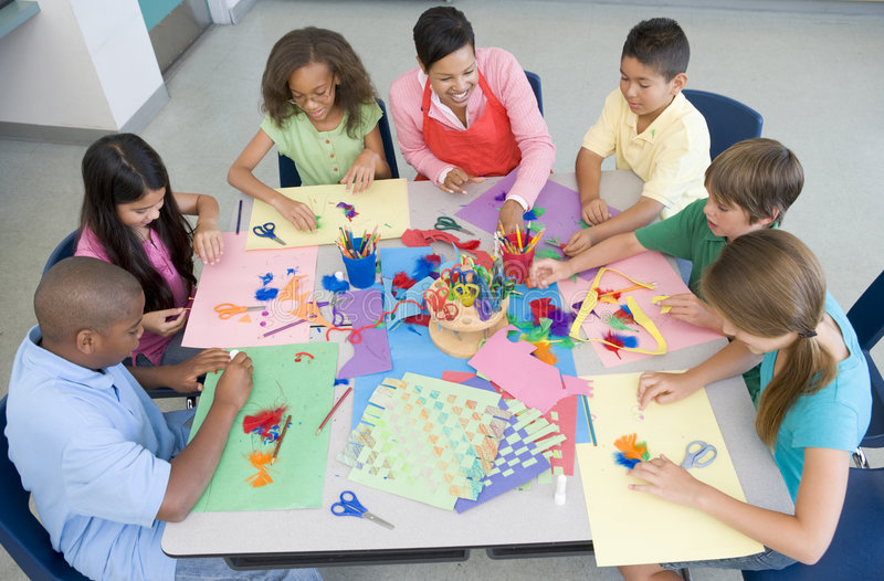 Download Elementary School Art Lesson Stock Photo - Image: 4999782