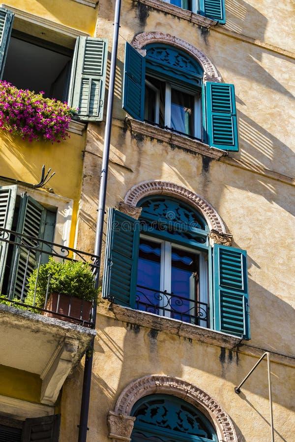 Elemente der Stadt von Verona machten in Italien lizenzfreies stockfoto