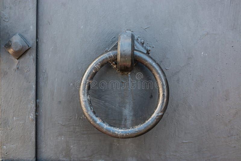 Elementi decorativi e strutturali di fissaggio e ornamentale delle porte immagine stock libera da diritti
