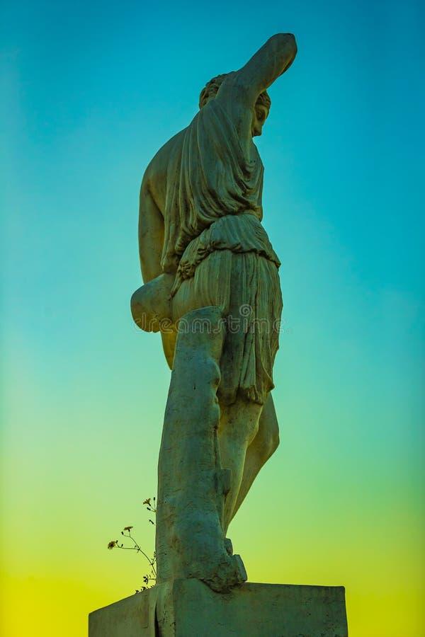 Elementi dell'architettura del parco nazionale Montjuic alla plaza Spagna fotografia stock