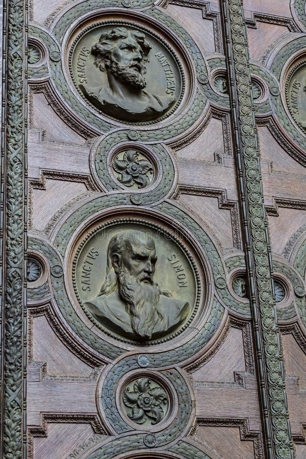Elementi di architettura e dell'interno nella basilica di St Stephen fotografie stock