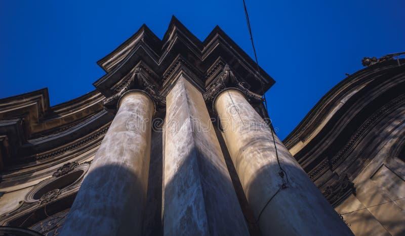 Elemento architettonico sotto forma di voluta Elementi architettonici decorativi del dettaglio fotografia stock