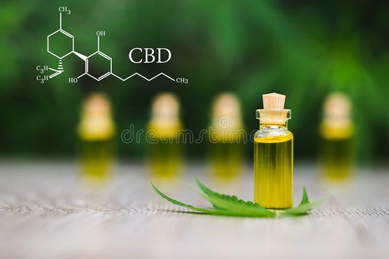 Elementos de CBD no óleo do cannabis, de cânhamo, na marijuana médica, nos cannabinoids e na saúde foto de stock royalty free