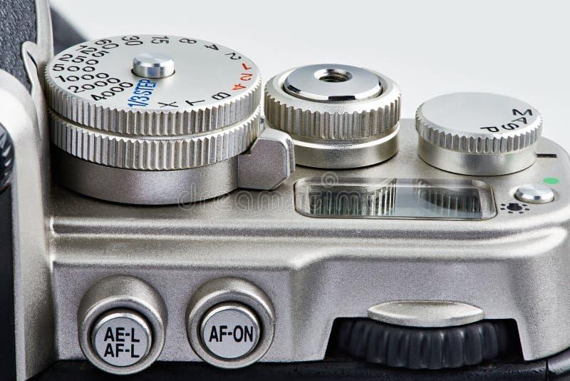 Elementos de funcionamento: botões e seletor de controle na câmera de SLR fotos de stock