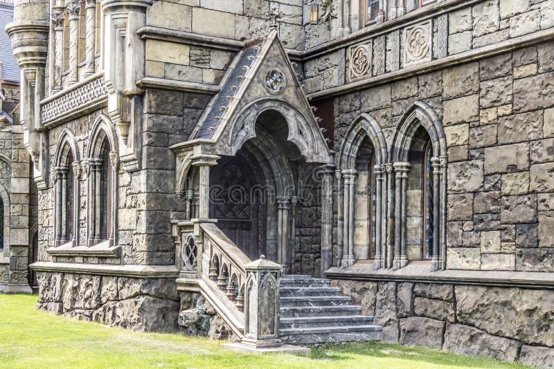 Elementos de la arquitectura en el estilo gótico foto de archivo libre de regalías