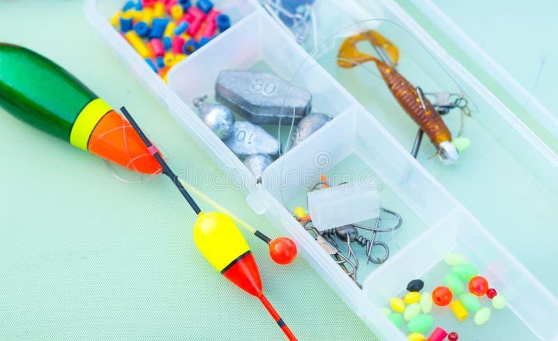 Elementos del equipo de pesca fotografía de archivo libre de regalías