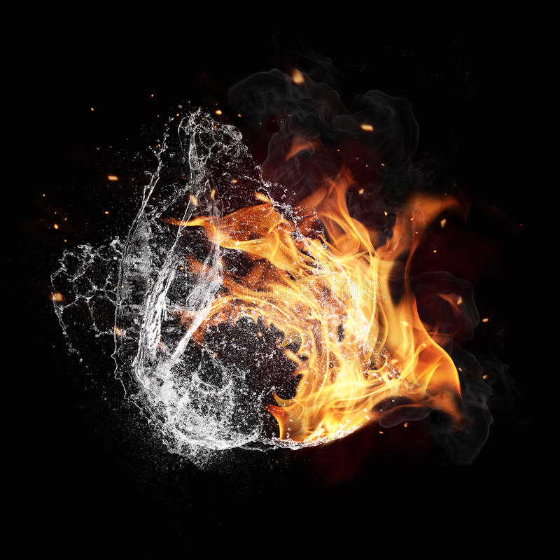 Elementos del fuego y del agua en fondo negro fotos de archivo libres de regalías