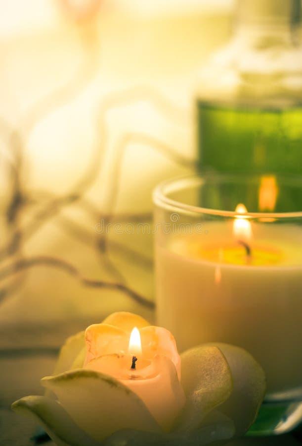 Elements spa scented κεριά επεξεργασιών στοκ φωτογραφίες με δικαίωμα ελεύθερης χρήσης