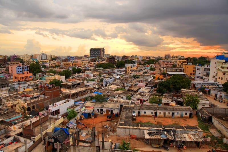 Elendsviertel in Hyderabad lizenzfreie stockfotos