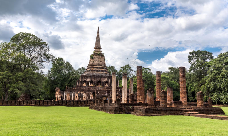 Elephant statue around pagoda at ancient temple Wat Chang Lom at Srisatchanalai historical park, Sukhothai, thailand. Elephant statue around pagoda at ancient stock images