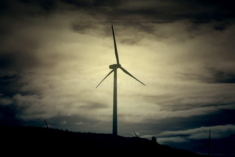 Eletricidade do vento natural ilustração do vetor