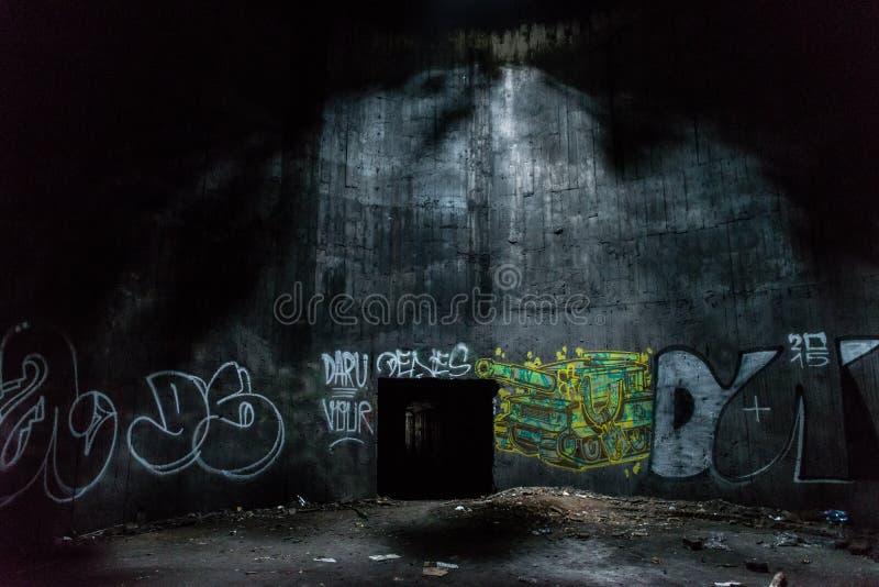 Elettro costruzione abbandonata della stazione immagini stock libere da diritti